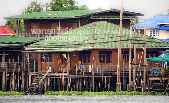 Larger stilted dwellings on the Chao Phraya River.